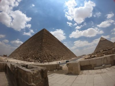 ピラミッド2